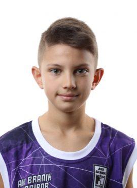 Adnan Mujezinović